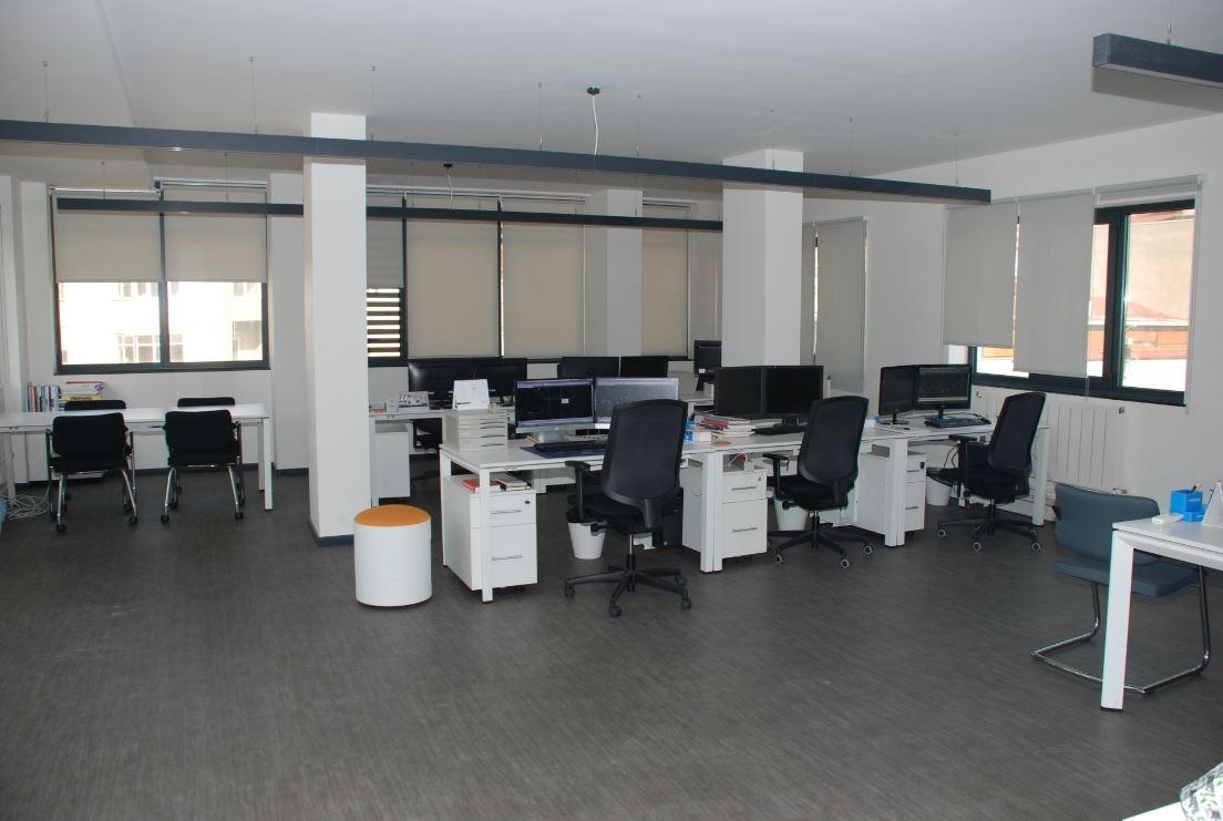 Sarı Açık Ofis
